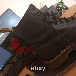 AirWair Dr Martens black and red rose 1460 Vonda boots