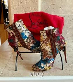 Authentic NWT Christian Louboutin boots size 8 / 38- comes with CL red shoe bag