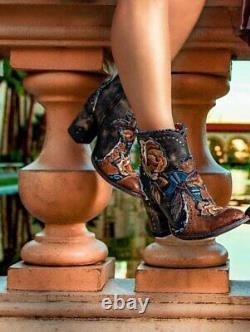 Bl3184-2 Old Gringo Carla Short Saddle Blue Embroidered Floral Boots