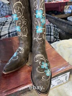 Circle G ladies cowboy boots size 10 new with box