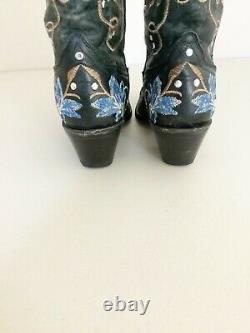 Corral Black Blue Floral Embroidered Western Boots 6