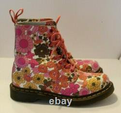 Dr. Martens Eight Eye Lace Up Pascal Floral Boots Women's Size 7 EU 38