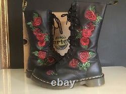 Dr. Martens Vonda 14 Eyelet Black Womens Boots Size 6