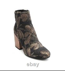 Les Trois Garcons 61500 Multi-Color Sequin-Embroidered / Leather Boot 37 / US 7