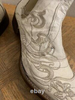 Mark Nason Jam Rock Never Dies White Embroided Leather Ankle Boot Size 9 D