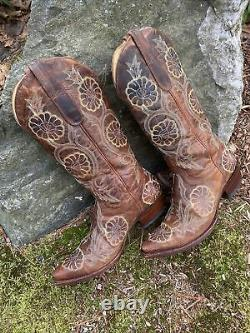 OLD GRINGO Embroidered Floral Boots Size 8.5 Cowboy Western Boho Festival