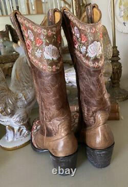 Old Gringo Brass Gayla Embroidered Floral Peach Pink Brown Size 7 Western