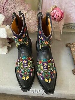 Old Gringo Sora Embroidered Floral Black Short Leather Cowgirl Boot 6 EUC