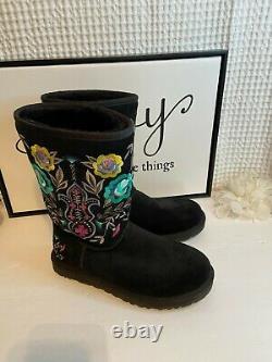 Ugg Australia Juliette Embroidered Floral Sheepskin Boots Black Sz 8