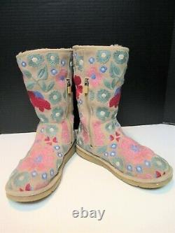Ugg Australia Women's Floral Embroidered Boots Shearling Flowers Petal Sz Us 7