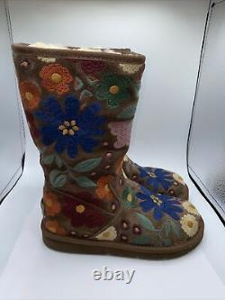 Ugg Wahine Women's size 6 Floral Embroidered Shearling Boots 5514