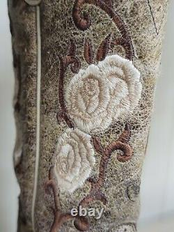 Vintage Ariat Embroided Womens Cowboy Boots (Size 6.5) with ClassicRoses & Vines