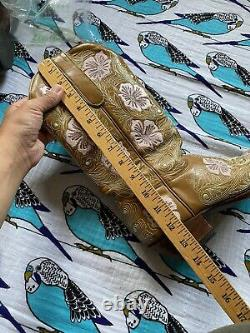 Women's Old Gringo Floral Embroidered Cowboy Boot 9 B Leather Boot