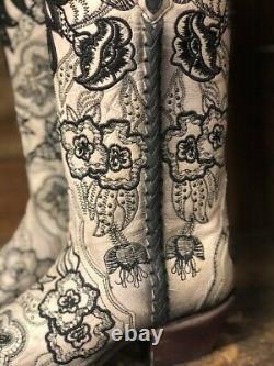 Blanc Noir Et De Corral Femmes Floral Brodé Snip Toe Western Bottes C3566