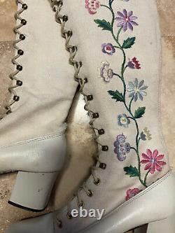 Bottes Gogo Vintage 60s Bottes 70s Bottes Penny Lane Bottes Florales Brodées Bottes Hippie