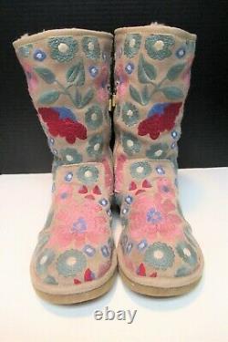 Ugg Australia Femmes Fleurs Brodées Bottes Cisaillement Fleurs Petal Sz Us 7